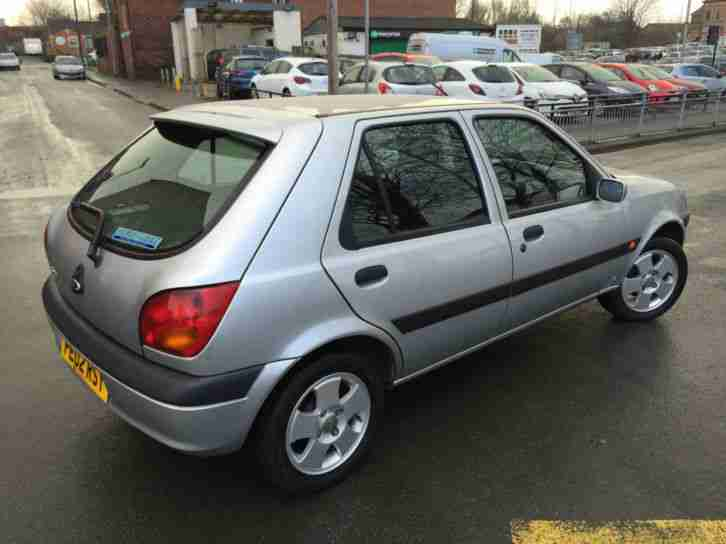 02 02 Ford Fiesta 1.25 Freestyle PETROL MANUAL**IDEAL FIRST CAR**