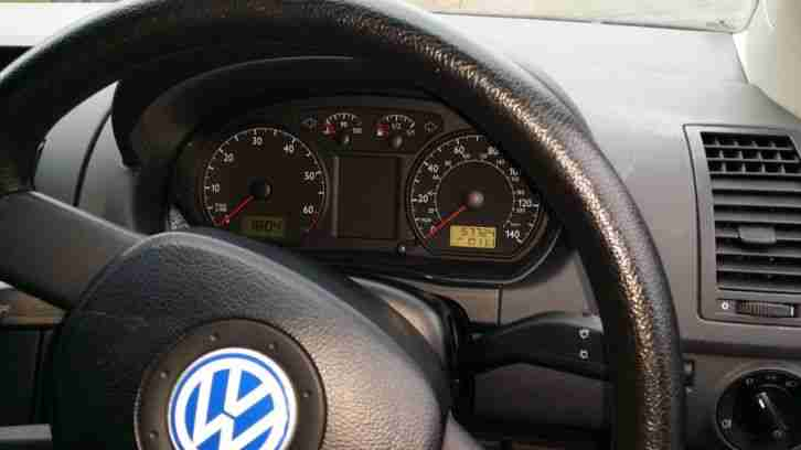 02 VOLKSWAGEN POLO 1.2 - LOW MILEAGE
