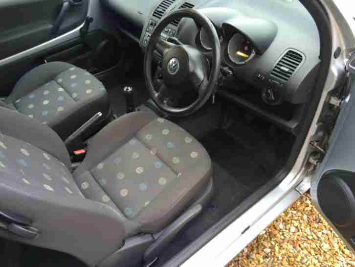 03 VOLKSWAGEN LUPO 1.0 E SILVER MET IN IMACULATE COND CHEAPEST TO TAX +INSURE