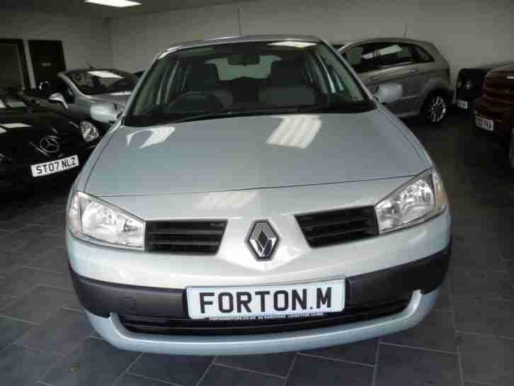 04 RENAULT MEGANE 1.4 16v 5 DOOR HATCHBACK~ONE LADY OWNER~ONLY 18,000 MILES