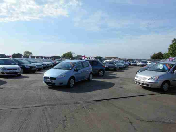 06(06)Ford Focus 1.6 Ghia Estate, ONLY 50,852 MILES!! Lovely, Well Cared For Car
