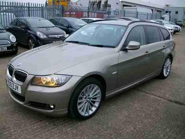 10/10 BMW 330D Touring Auto SE / 1 Owner / FBMWSH / Superb Condition !!!!