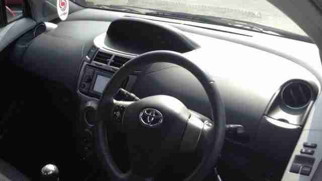 11 Plate 2011 Toyota Yaris T Sprint VVT-I MANUAL