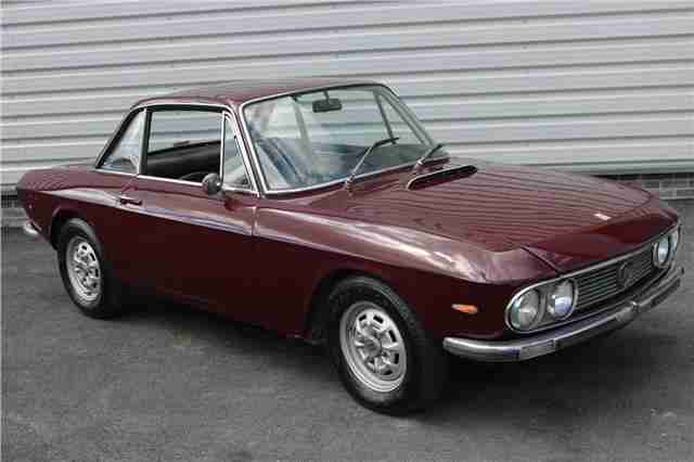 1972 Lancia Fulvia 1.3S 1300 Coupe Classic Car in Maroon