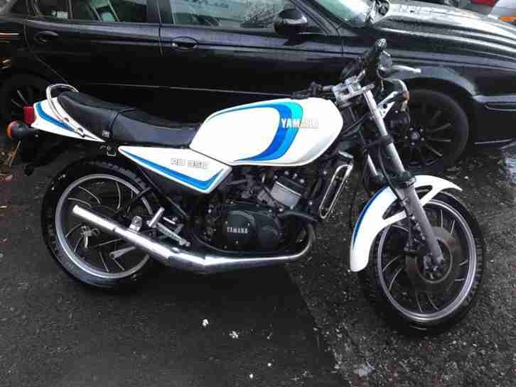 Yamaha RD350. Other car from United Kingdom