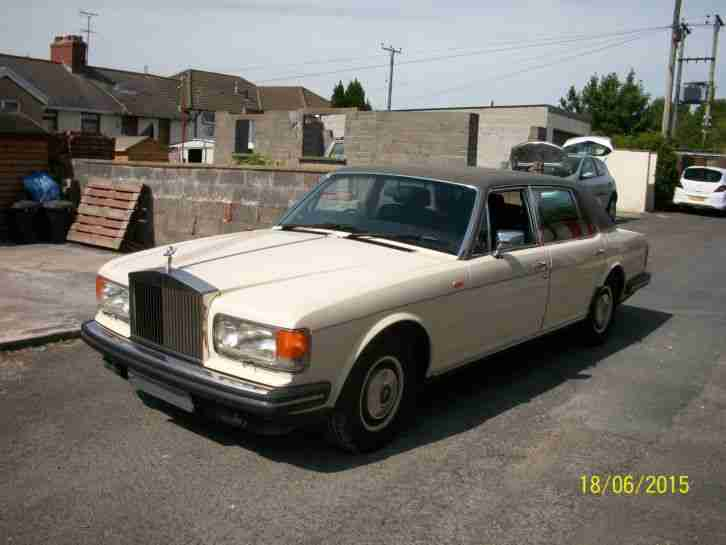 1982 ROLLS ROYCE SILVER SPUR CREAM/BROWN