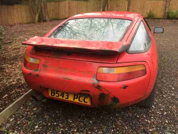 1985 B PORSCHE 928 S AUTO S2 310BHP GAURDS RED 84,409 MILES BARN FIND PROJECT