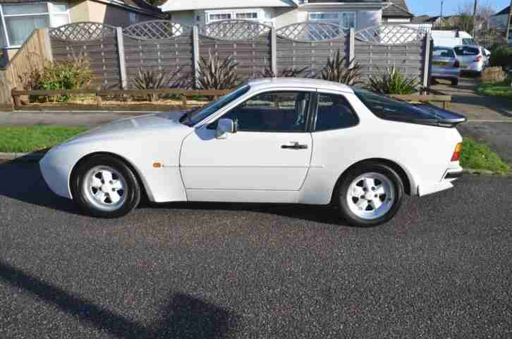 1986 PORSCHE 944 2.5 TURBO COUPE PETROL