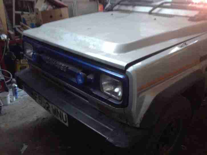 1988 FOURTRAK SWB SOFT TOP SILVER