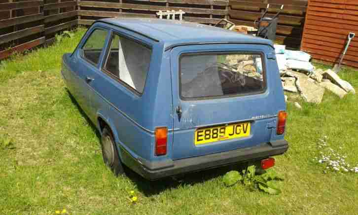 1988 RELIANT RIALTO ESTATE BLUE robin