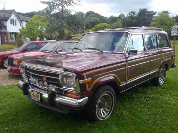 1989 GRAND WAGONEER CORDOVAN RED WOOD