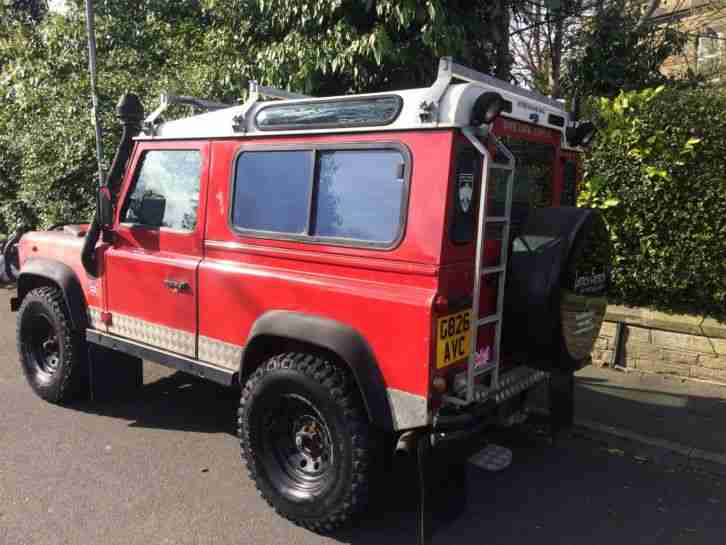 1990/G LAND ROVER DEFENDER 90 COUNTY STATION WAGON 4C SW DT DIESEL RED