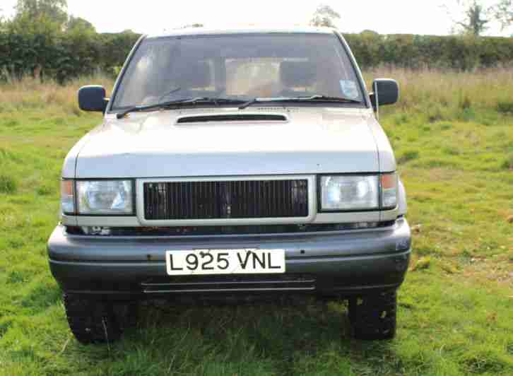 1993 ISUZU TROOPER LWB TURBO D SILVER