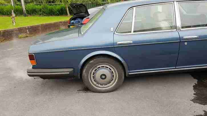 1993 Rolls-Royce Silver Spirit II. Blue with Parchment. Project or Parts