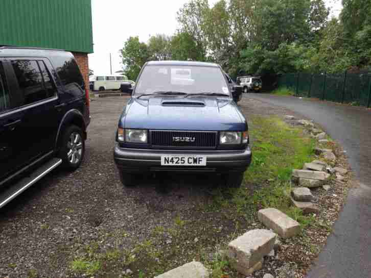 1995 ISUZU TROOPER DUTY LWB BLUE spares or repair