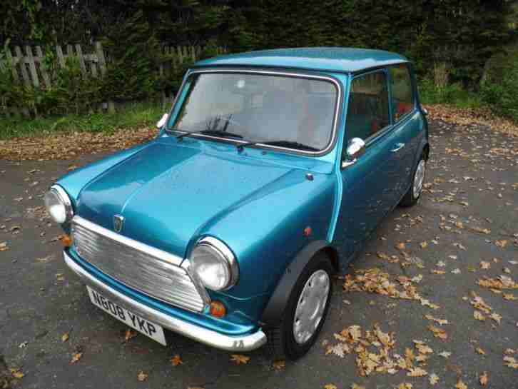 1995 Mini Sidewalk in Kingfisher Blue