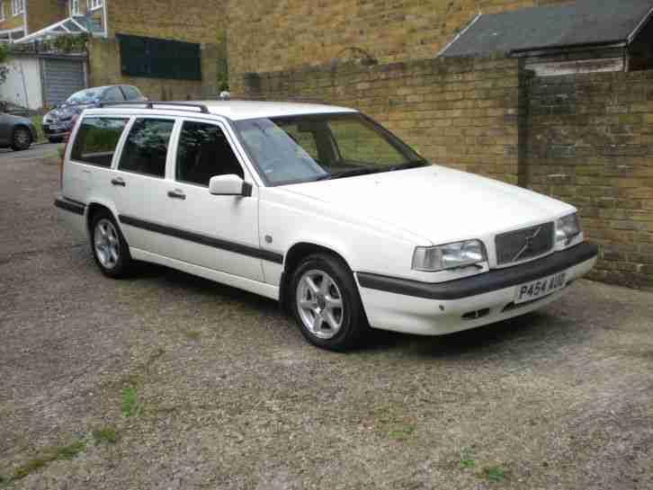 Volvo 1996 850 SE WHITE. car for sale