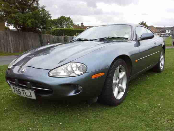 jaguar 1997 xk8 coupe auto grey car for sale. Black Bedroom Furniture Sets. Home Design Ideas
