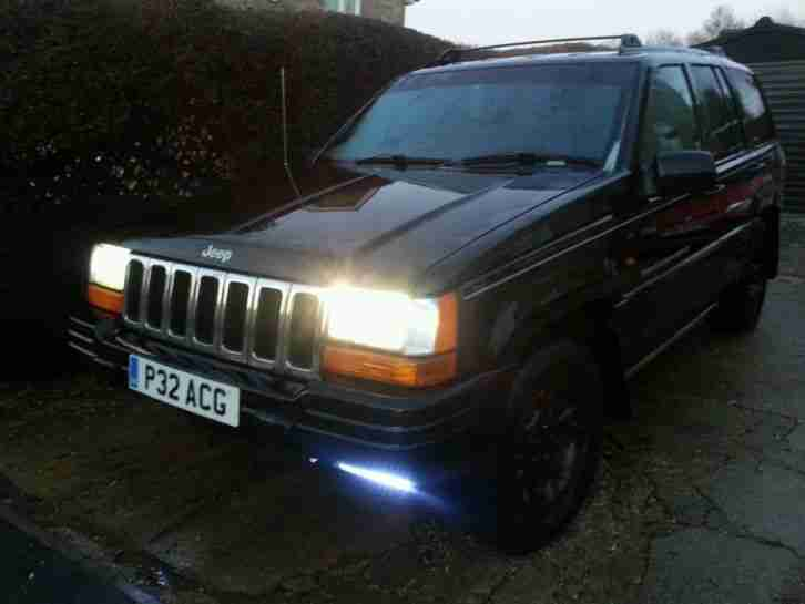 1997 JEEP GRAND CHEROKEE LTD 4.0 AUTO BLACK 4x4 LEATHER/CRUISE ETC YEARS MOT