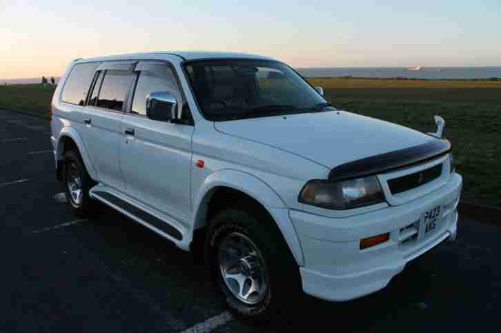 Mitsubishi challenger, 3