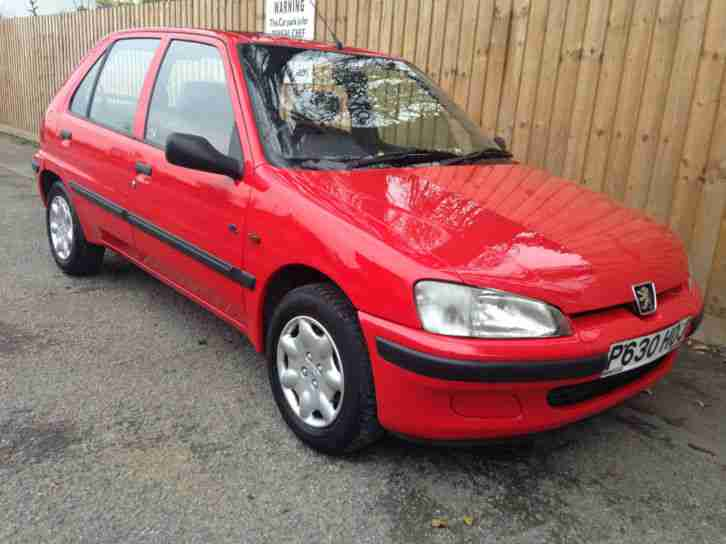 Peugeot 1997 p 106 1 1 xl 5 door only done 38k 52 3 mpg for 106 door