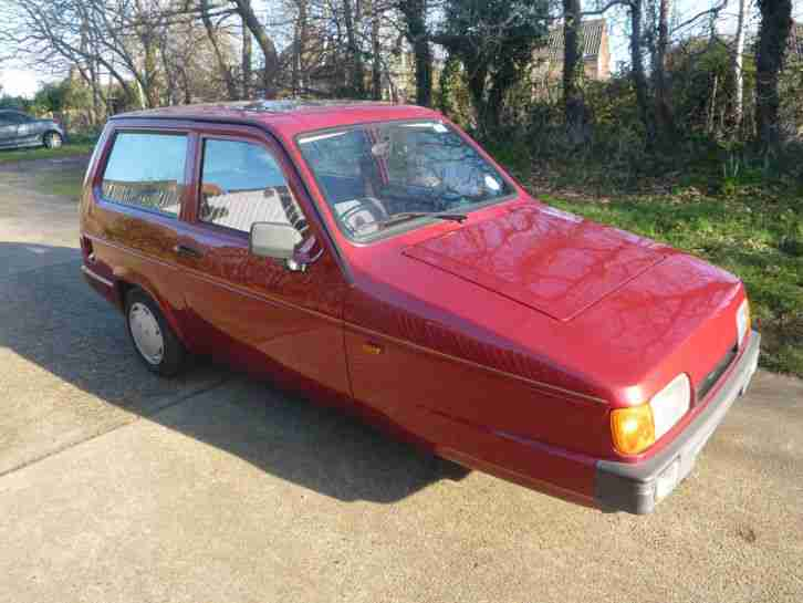 1997 RELIANT ROBIN LX RED