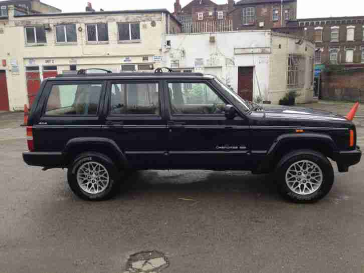 jeep 1998 cherokee limited a black automatic good condition no car for sale. Black Bedroom Furniture Sets. Home Design Ideas