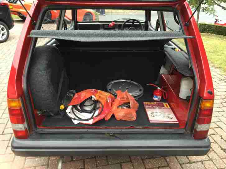1998 RELIANT ROBIN LX RED