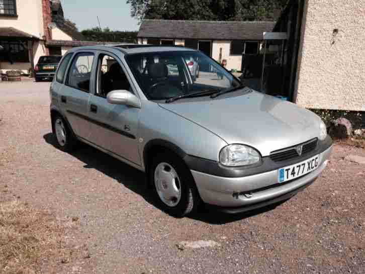vauxhall 1999 corsa club 1 2 16v 5dr 1yr mot 84k px to clear first. Black Bedroom Furniture Sets. Home Design Ideas