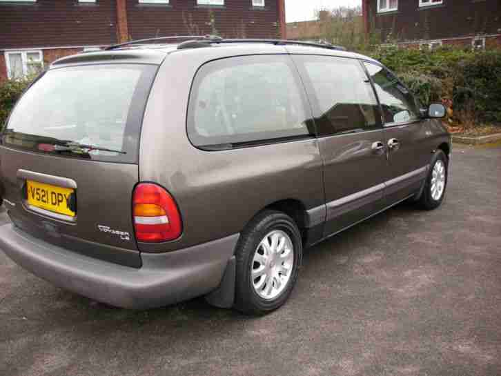 2000 CHRYSLER GRAND VOYAGER LE AUTO BRONZE(Excellent Condition,No Rust,Reliable)