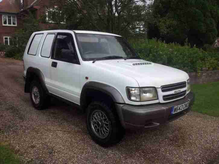 2000 Isuzu Trooper 3.0 commercial 128,000 mls full MOT and fully working