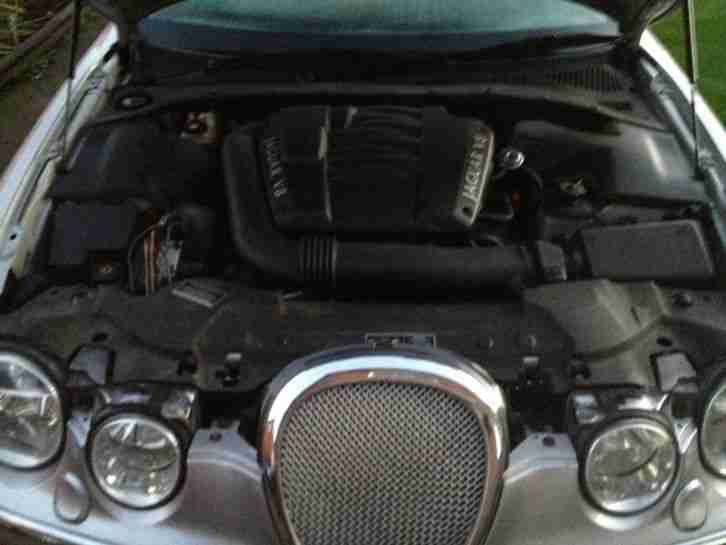 2000 JAGUAR S-TYPE V8 AUTO SILVER spairs or repair