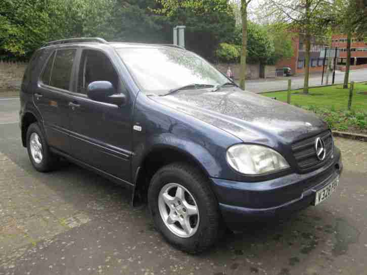 2000 MERCEDES 320 ML AUTO 4X4 FULL LEATHER A/C ALLOYS M CLASS