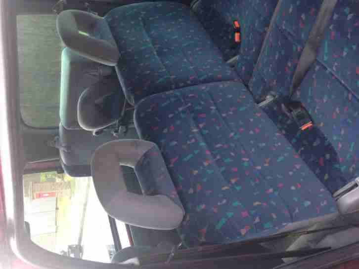 2000 NISSAN SERENA 2.3D OCCASION RED