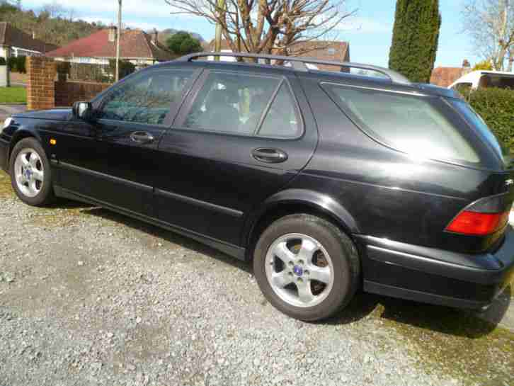 2000 95 ESTATE IN BLACK, GOOD RELIABLE