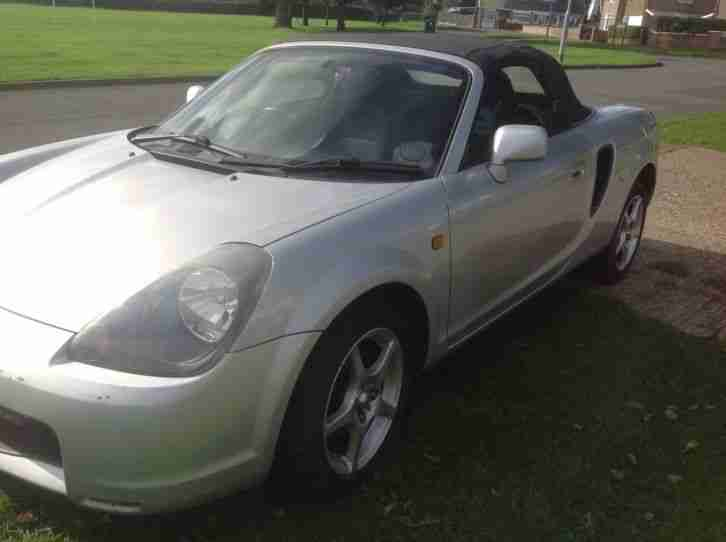 2000 TOYOTA MR2 ROADSTER VVTI SILVER