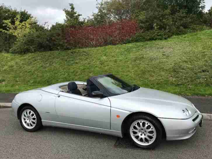 2000 (W) Alfa Romeo 2.0 TS Spider Rare Opportunity 1 Previous Owner Example