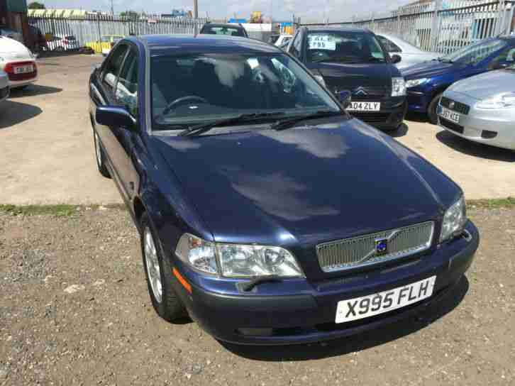 2000 (x) Volvo S40 1.6 LONG MOT GOOD RUNNER