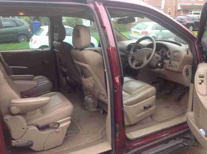 2001 CHRYSLER VOYAGER CRD LX RED spare or repair