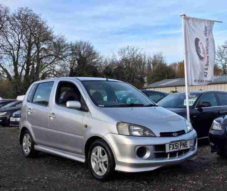 Daihatsu 2004 TERIOS KID WHITE 4 WHEEL DRIVE & 2 WHEEL