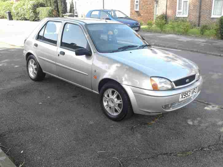 ford 2001 fiesta ghia 1 2 petrol manual mot tax car for sale. Black Bedroom Furniture Sets. Home Design Ideas