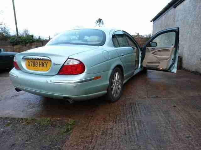 2001 JAGUAR S-TYPE V6 SE AUTO GREEN