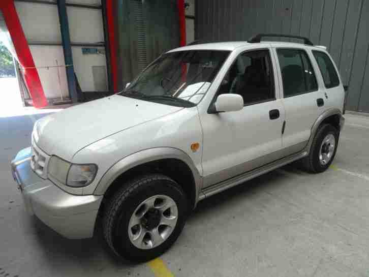 Kia 2001 sportage sx white 2 0 petrol 5 door manual 4x4 for 2001 kia sportage window motor