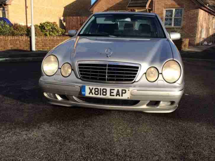 2001 MERCEDES E320 AVANTGARDE AUTO TOP SPEC SAT-NAV