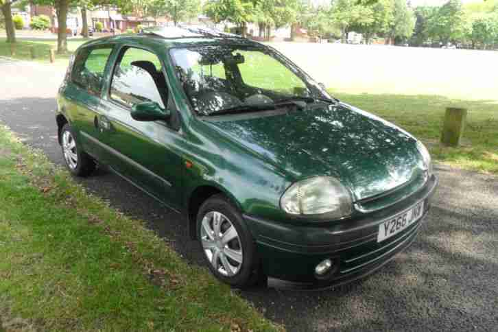Nietypowy Okaz Renault 2001 CLIO ALIZE GREEN 1.4 ONLY 56000 MILES, VERY CLEAN ST73