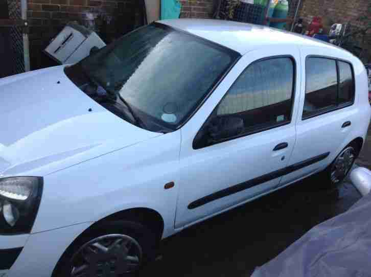 2001 RENAULT CLIO AUTHENTIQUE WHITE 1.2