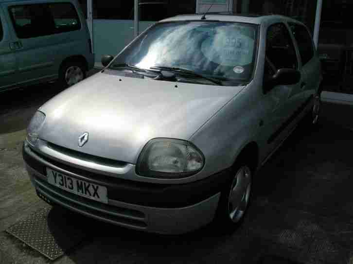 Renault 2001 Clio Grande Rn Silver Car For Sale