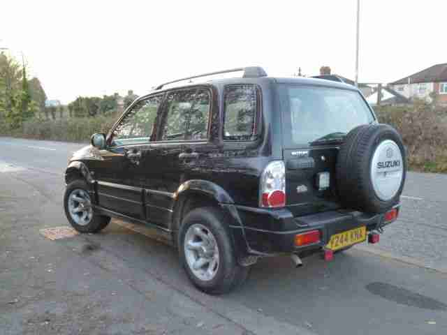 2001 SUZUKI GRAND VITARA 16V BLACK VERY GOOD LOOKING 4X4