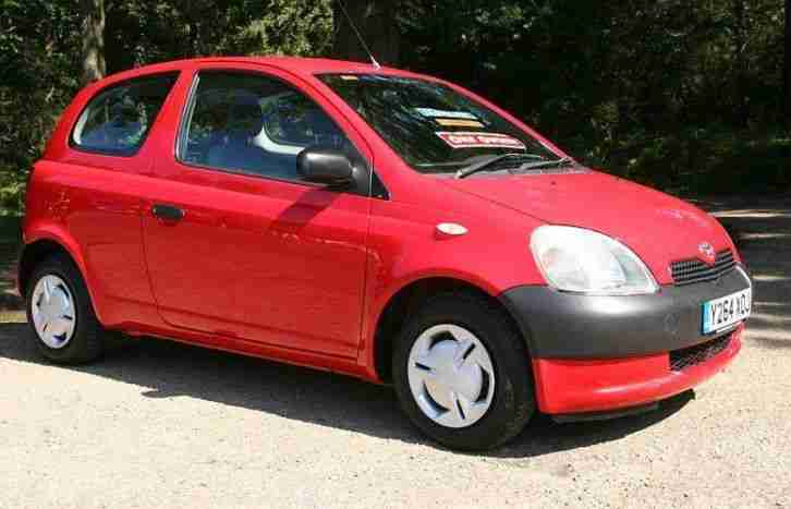toyota 2001 yaris 1 0 16v vvti s one owner low mileage 3 door car for sale. Black Bedroom Furniture Sets. Home Design Ideas