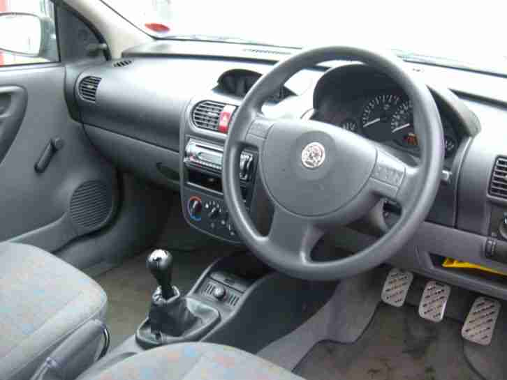 2001 Vauxhall Corsa Club 12v Silver Low Mileage Car For Sale